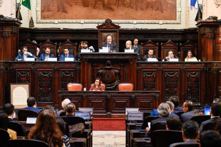Seminário coordenado por Hildo Rocha discute reforma tributária, na Assembleia Legislativa do RJ