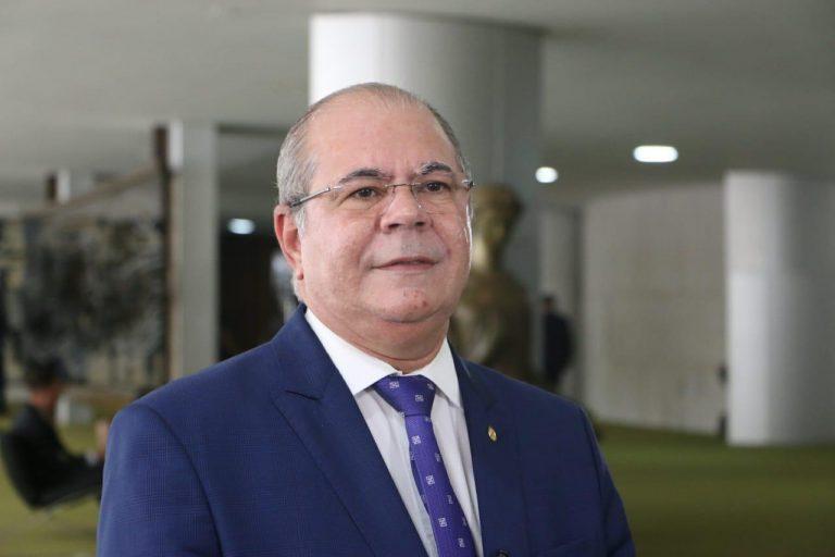 Hildo Rocha prova que Flávio Dino não precisava aumentar a contribuição dos servidores públicos para a previdência