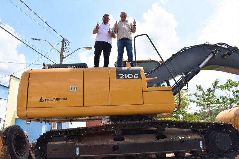 Nina Rodrigues recebe primeira construtora municipal, benefício viabilizado pelo deputado Hildo Rocha