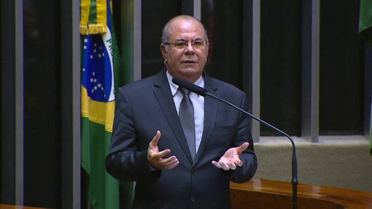"""Deputado Hildo Rocha diz que o combate à violência contra as mulheres deve ser prioridade: """"essa luta não é apenas dos governos, é também uma luta das igrejas, das famílias e da sociedade"""""""