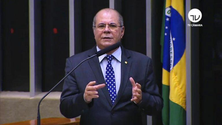 """Hildo Rocha repercute a destrutiva política econômica de Flávio Dino: """"em vez de adotar medidas geradoras de empregos o governador comunista cria um imposto que prejudica o Maranhão"""""""