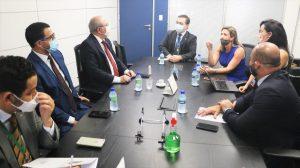 Hildo Rocha e vice-presidente de Varejo da Caixa Econômica Federal tratam sobre empréstimos do Pronampe ao Maranhão