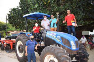 Itapecuru Mirim recebe equipamentos agrícolas custeados com emenda do deputado Hildo Rocha