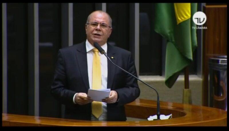 Screenshot 20200521 222346 WhatsApp - Auxílio emergencial do governo Bolsonaro ampara trabalhadores e aquece economia maranhense na pandemia, afirma Hildo Rocha - minuto barra