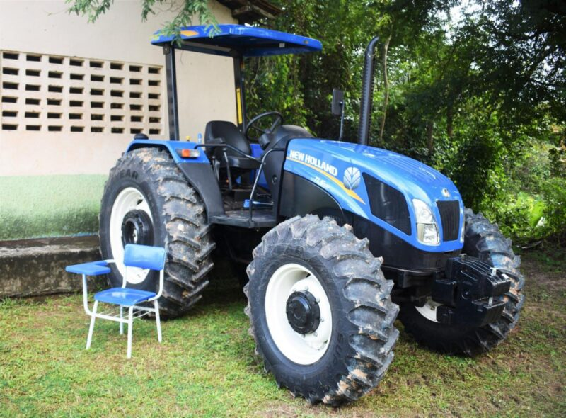 FOTO 3 %E2%80%A2 Hildo Rocha entrega patrulha mecanizada para agricultores de Miranda do Norte - Hildo Rocha entrega patrulha mecanizada para agricultores de Miranda do Norte - minuto barra