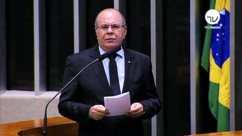 Hildo Rocha critica fechamento de leitos hospitalares de tratamento da Covid 1 - Hildo Rocha diz que fechamento de leitos hospitalares de tratamento da Covid-19 é uma irresponsabilidade do governador Flávio Dino