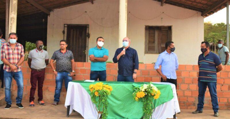 Hildo Rocha entrega caminh%C3%A3o para agricultores do povoado Bom Sossego em Fortuna 4 - Hildo Rocha entrega caminhão para agricultores do povoado Bom Sossego, em Fortuna