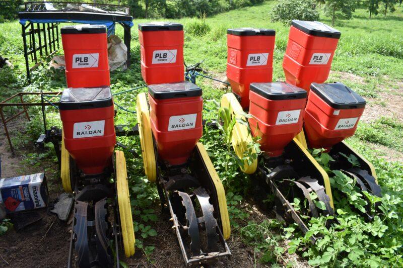 BEM JESUS DAS SELVAS 4 - Deputado Hildo Rocha melhora as condições de trabalho de agricultores com mecanização em Bom Jesus das Selvas