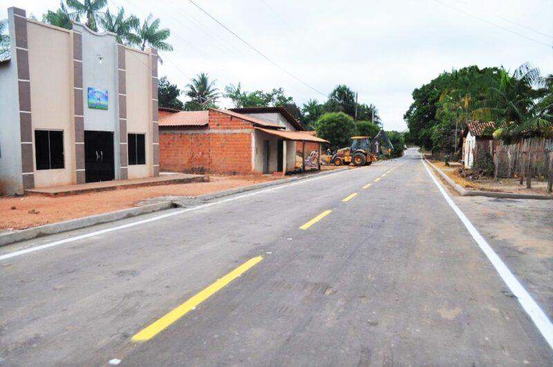 Hildo Rocha inaugura asfaltamento de Campo Formoso 4 - Hildo Rocha inaugura asfaltamento de Campo Formoso