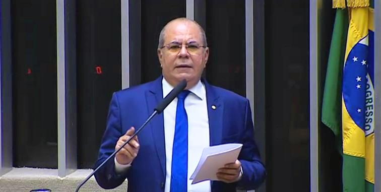 PL de Hildo Rocha preenche vacuo legal referente a pedidos de impeachment 2 - Hildo Rocha apresenta projeto de lei que preenche vácuo legal referente a pedidos de impeachment