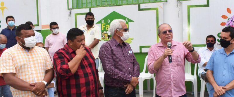Hildo Rocha entrega caminhao compactador de lixo para prefeitura de Grajau 3 - Hildo Rocha entrega caminhão compactador de lixo para prefeitura de Grajaú