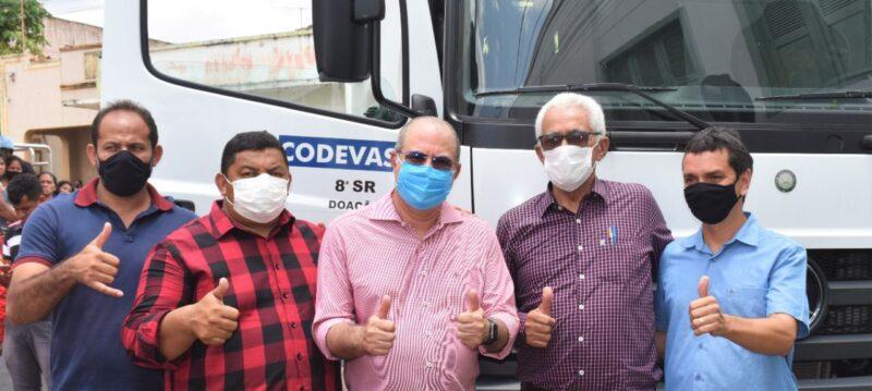 Hildo Rocha entrega caminhao compactador de lixo para prefeitura de Grajau 6 - Hildo Rocha entrega caminhão compactador de lixo para prefeitura de Grajaú